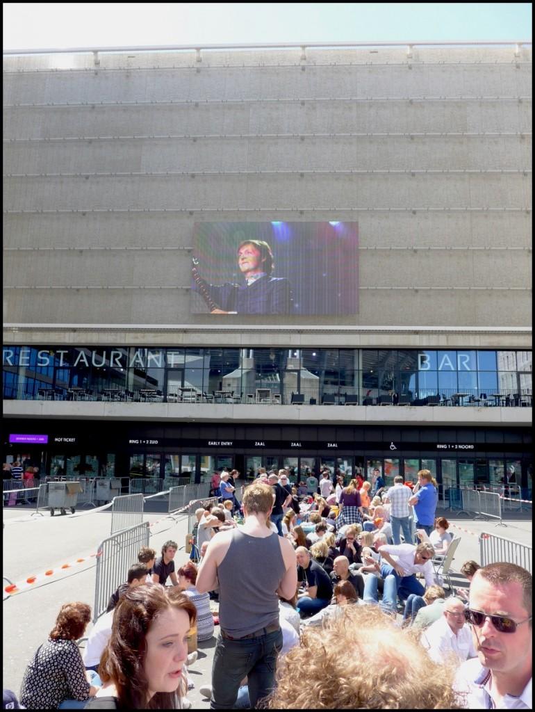 01_macca_amsterdam2015